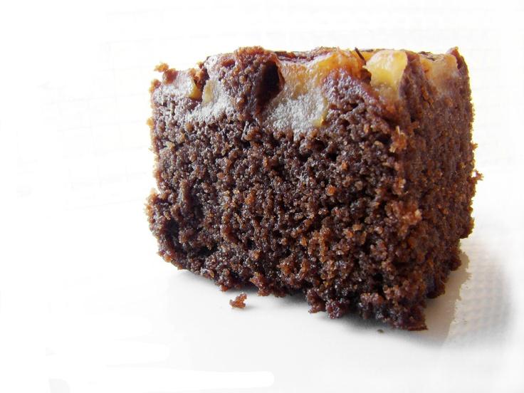 Pear, Rooibos Tea and Chocolate Cake