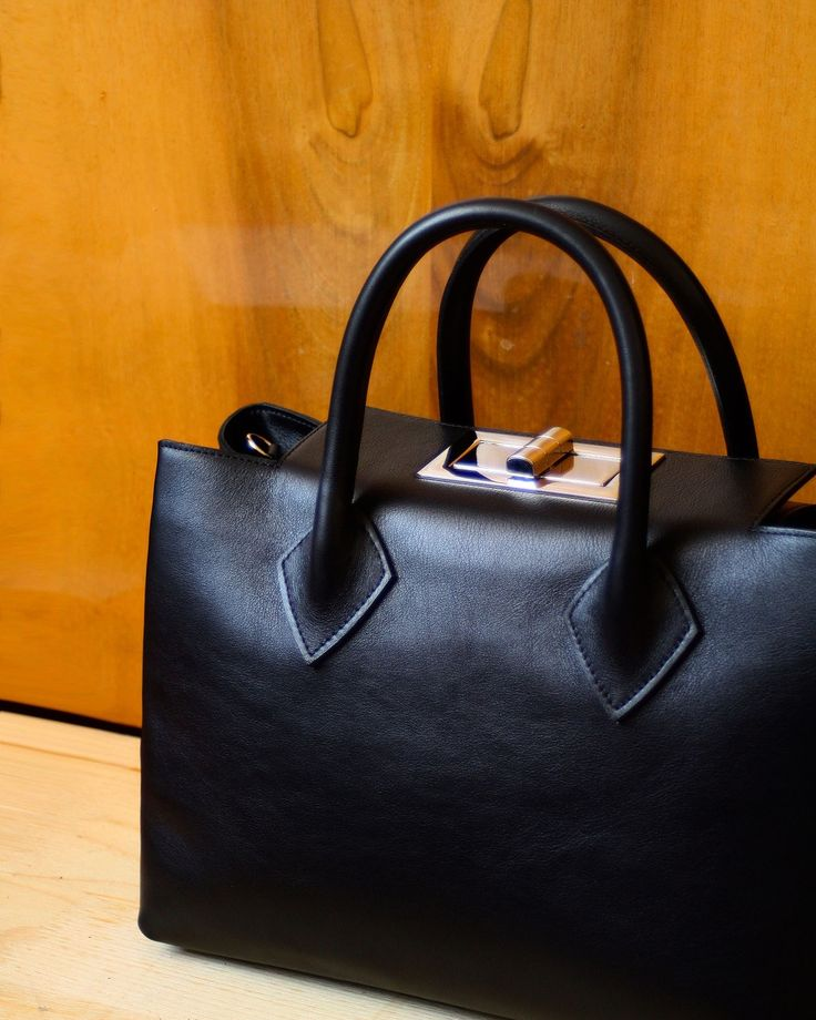 Otenberg black handbag #otenberg