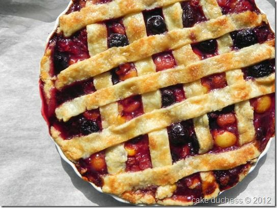 Sweet Cherry Pie via @Lora