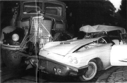 È l'alba del 3 febbraio 1960 quando una fuoriserie si scontra con un camion carico di porfido all'incrocio tra via Paisiello e viale Rossini, ai Parioli. Dalle lamiere verrà estratto il corpo in fin di vita di un uomo di 38 anni che risponde al nome di Ferdinando Buscaglione, in arte Fred. Morirà prima di arrivare in ospedale. La macchina fracassata di Fred e l'impatto con un autocarro guidato da un operaio, che tentò invano di soccorrerlo, chiude simbolicamente l'epoca del boom economico…