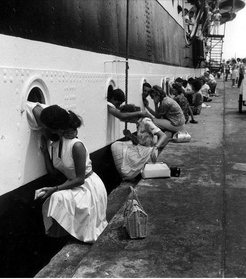 13 best images about ww11 on Pinterest   Parachutes, Last kiss and ...