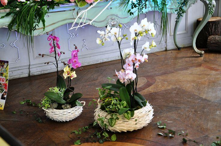 10-floral arrangements