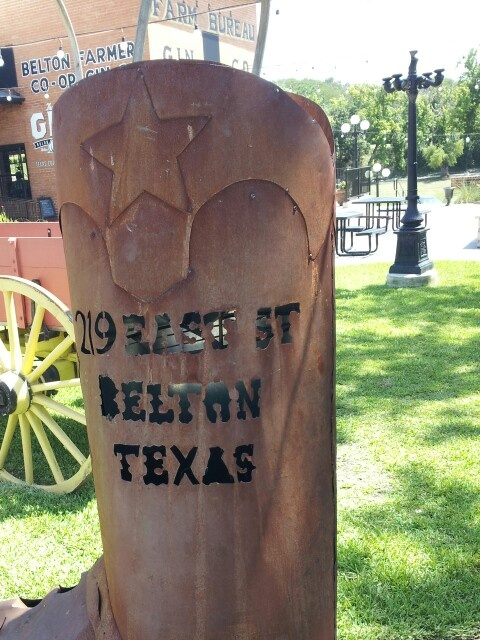 That's one big boot.  Belton, Texas...... My birthplace