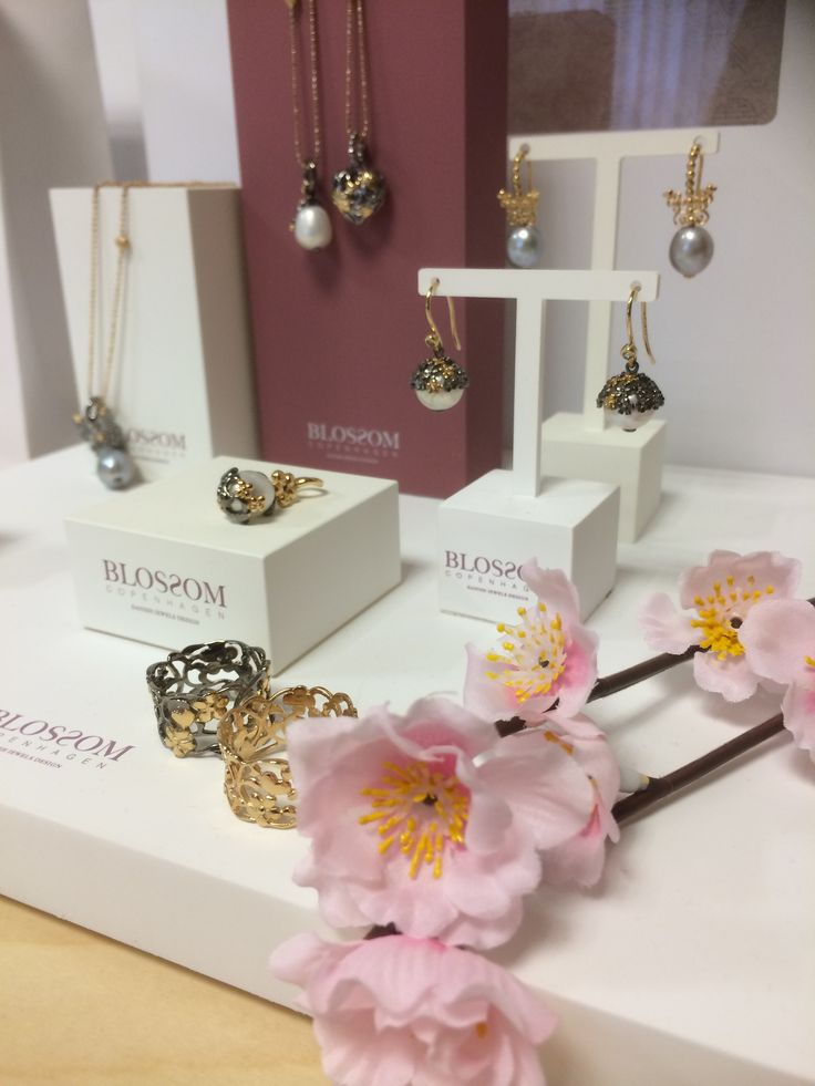 Blossom Copenhagen Jewellery Display - Show your love and let it blossom <3
