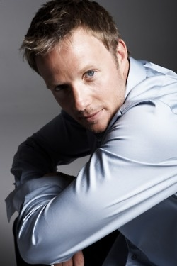 ALEX WYTHE -- Psychology professor and lead researcher on the Morpheus Project.(Photo of actor Rupert Penry-Jones)