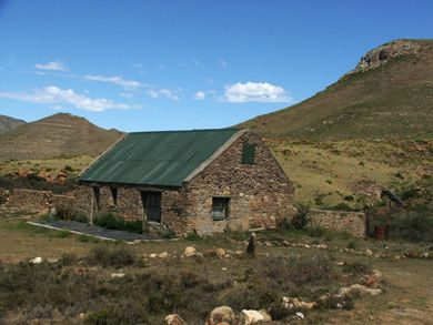 Cottages at 'Eureka', an 1800ha lifestyle farm adjacent to Compassberg