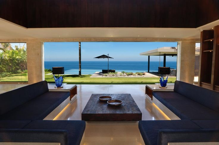 Villa Jamadara - Take a moment's rest from the warmth of the Bali climate without losing one second from the view! #semarauluwatu #bali