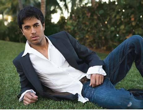Photo of Omg soo sexy!!! LOVE YOU ENRIQUEEE :) for fans of Enrique Iglesias.