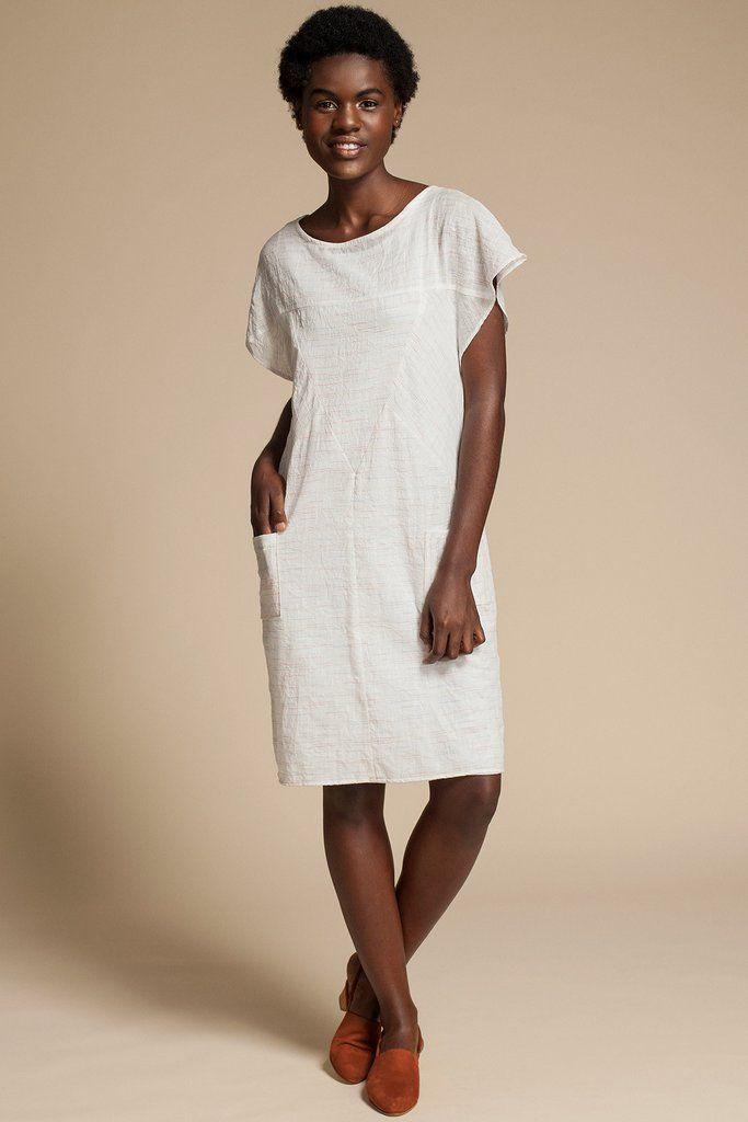 Simpatico Dress by Canadian fashion designer Jennifer Glasgow. Short sleeve shift dress in beautiful white Japanese cotton gauze. Ethically made in Montreal, Canada.