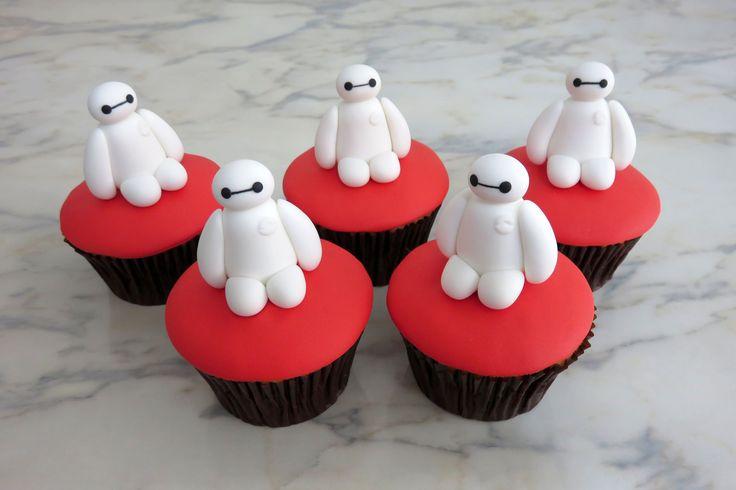 How to make Baymax cupcakes /Cómo hacer cupcakes de Baymax