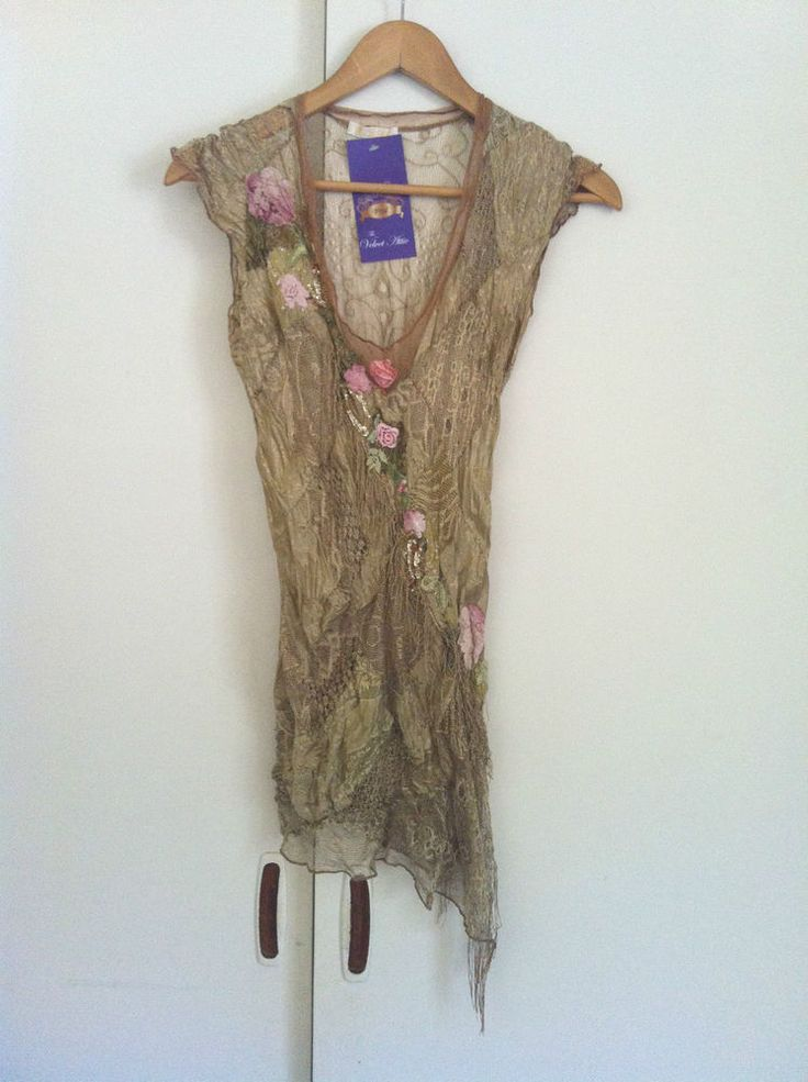 Stunning BOHO Gold Embroidered Silk Knit Top CLICK FRENZY 72HR CLEARANCE !