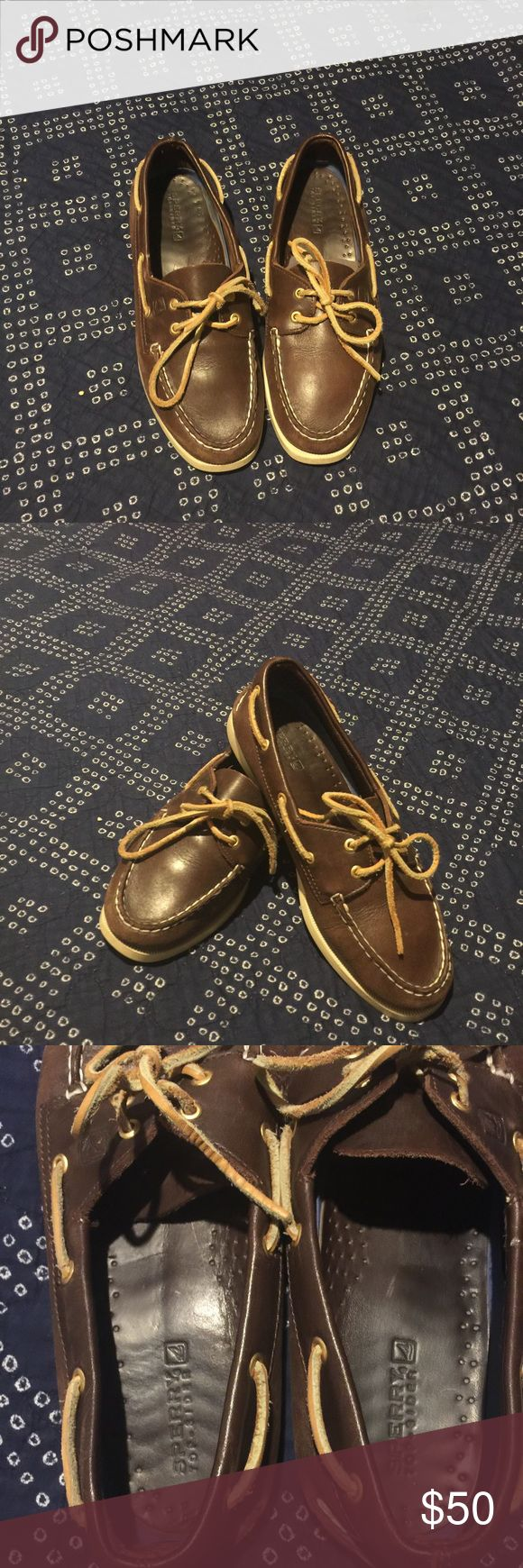 Brown leather Sperry Topsiders Have been worn, still has a lot of life in them!!! Sperry Shoes Moccasins