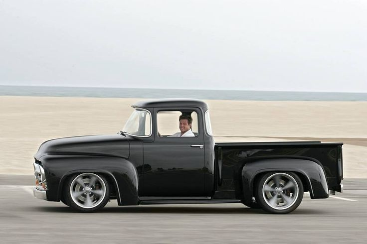 CHIP FOOSE 56 F100 | Chip Foose in his '56 Ford F•100