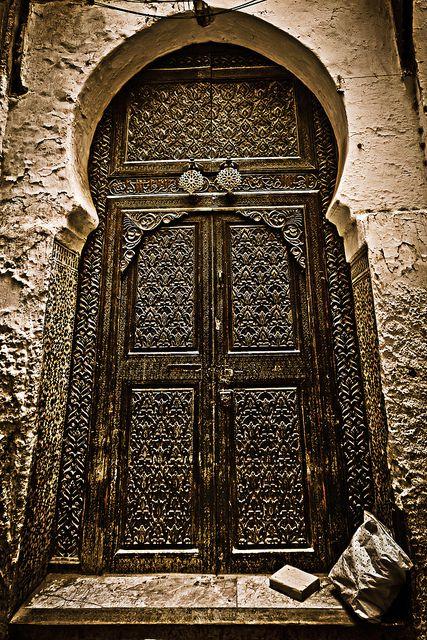 Door by Paki Nuttah, via Flickr  Morocco