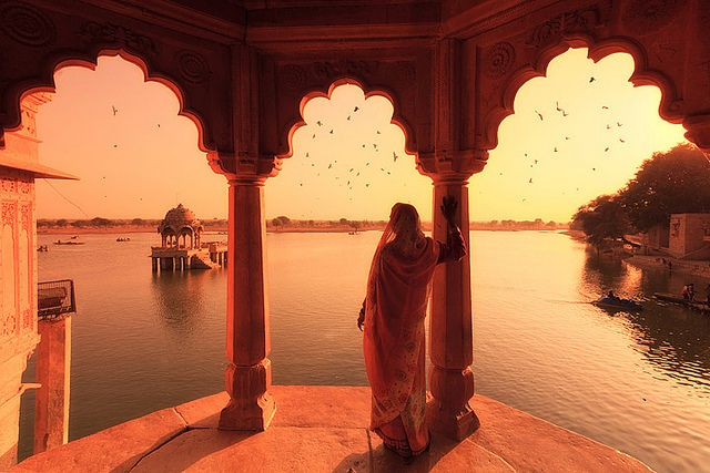 All sizes | Gadi Sagar Lake, Jaisalmer, via Flickr.