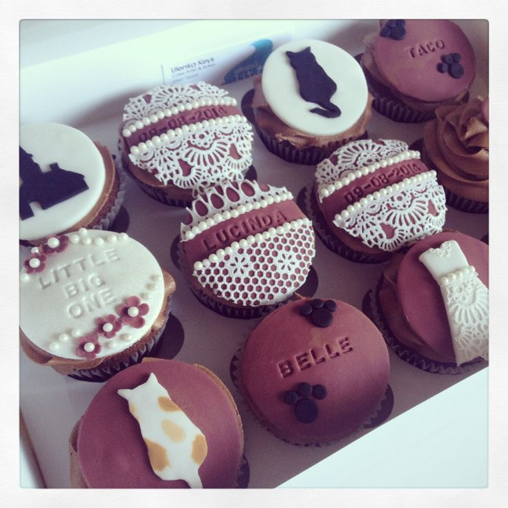 Customer ordered these cupcakes to celebrate her daughter's forthcoming wedding & wanted her cats including in some of the designs