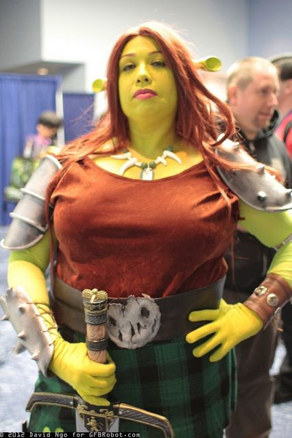 Fiona cosplay. This is funny!