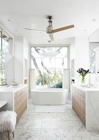 Stand Alone Tub With His And Hers Sinks Http