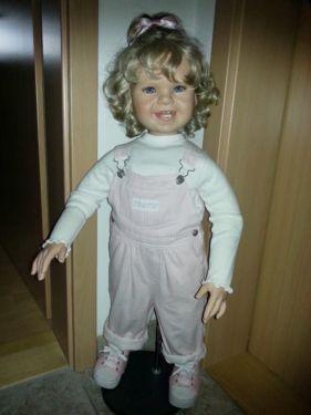 Durch Platzgründen muss ich mich leider von einigen Puppen trennen. Ich biete hier die Marie von...,Pamela Erff Sammlerpuppe Marie in Bayern - Vilshofen an der Donau