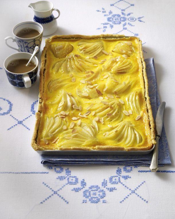 Unser beliebtes Rezept für Birnen-Schmand-Kuchen mit Mandelboden und mehr als 55.000 weitere kostenlose Rezepte auf LECKER.de.