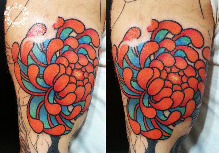 #crisantemo #japanesetattooflower #flowertattoo #flower #tattoo #tatuaggi #tattoo #mrjack #mrjacktattoo #color #arte #artist #colortattoo  #bodyart  #mrjacktattoofamily #japanesetattoo #fioregiapponese #fiori