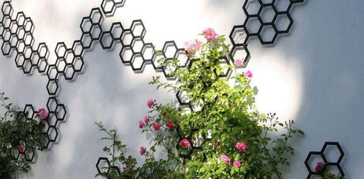 Treille Comb-ination, design Arik Levy, éléments en métal à assembler, à partir de 35 € HT chez Flora