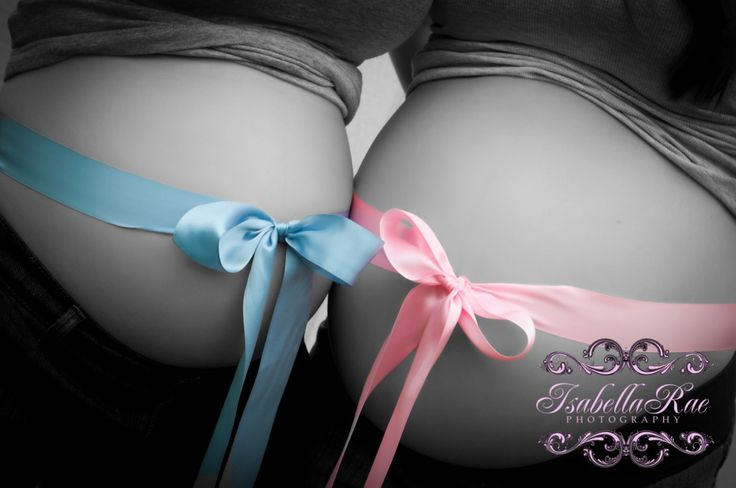 Sisters maternity~wish i had done this with my sister