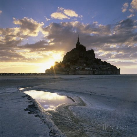 Mont Saint-Michel from the Tidal Flats at Sunset Fotoprint