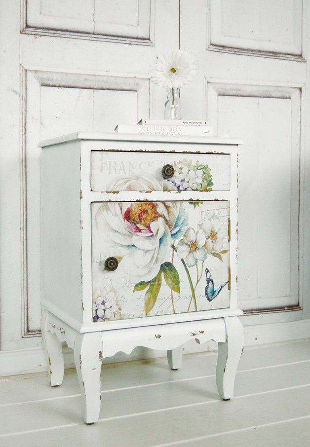 25 best ideas about decoupage vintage on pinterest vintage paris decoupage chair and. Black Bedroom Furniture Sets. Home Design Ideas