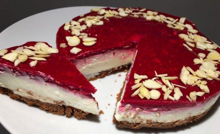Bez cukru, bez mouky a hlavně za 10 minut připraven nepečený cheesecake s malinami  