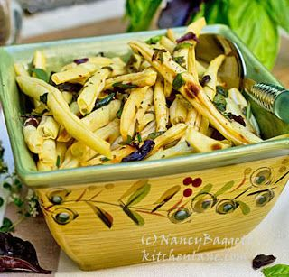 Wonderful wax bean recipe from Domenica Marchetti's new The Glorious Vegetables of Italy- review/recipe http://www.kitchenlane.com/2013/09/enjoying-fresh-flavors-of-glorious.html