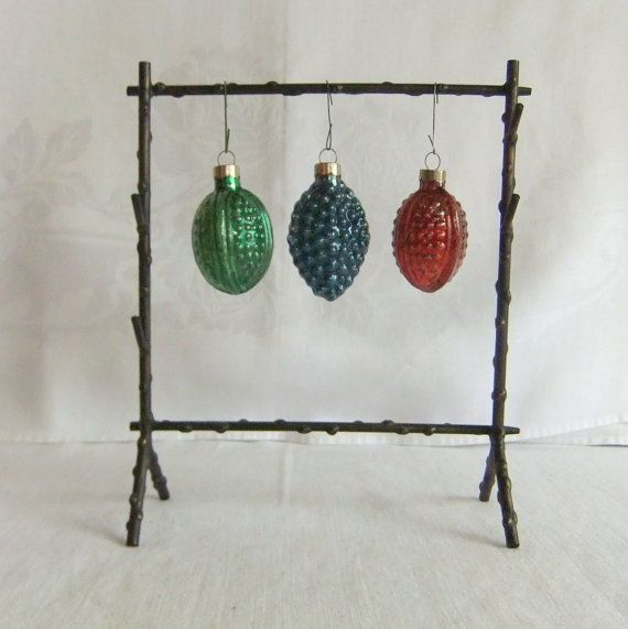 3 Vintage Glass Christmas Tree Ornaments  Red by VenerablePastiche