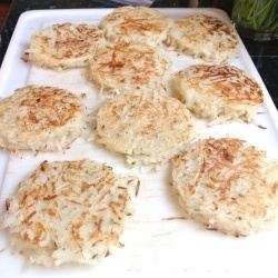 Do Ahead Hashbrown Patties - Simple recipe for hash brown patties you can make ahead and freeze.