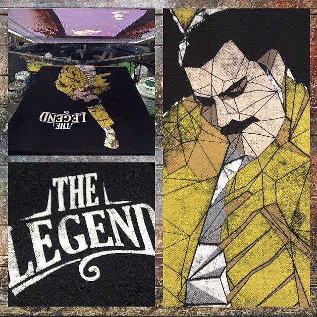 Disponible Nuevo Modelo en Catálogo: The Legend | MascaraDeLatex.ES  #Camisetas #MdL #Freddie #Queen