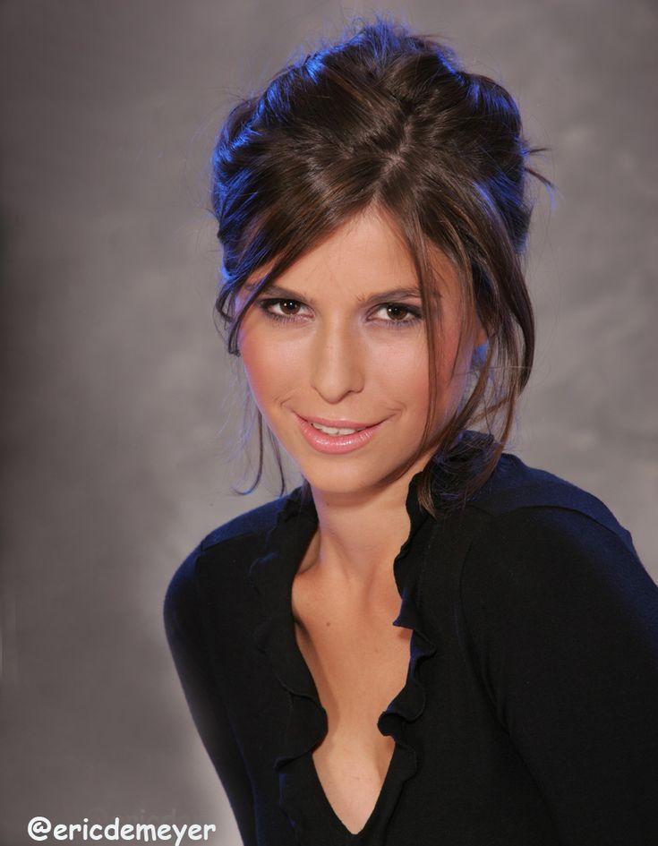 Lien van de kelder actrice en tv presentatrice belgische tv sterren pinterest for Van de tv