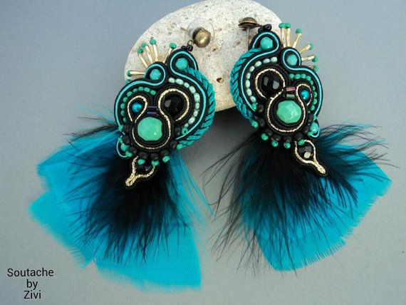 Black-turquoise long feathers earrings, soutache earrings, long dangle statement earrings, feathers earrings, soutache jewelry, earrings soutache earrings Carnaval earrings made with the technique of Soutache Soutache braid with beads, faceted glass, pebbles, glass beads and feathers. Soutache earrings in black, turquoise water- and touches of gold. Measures approx: 8 cm (3.5 in.) long , 3cm (1.3 in.) wide.. Middleweight. Materials used: Soutache braid black, gold and turquoise beads…