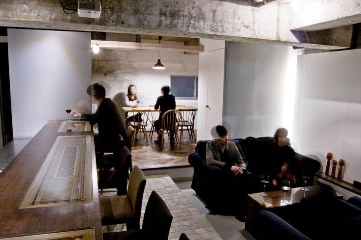 a wine bar Coquettish-Interior