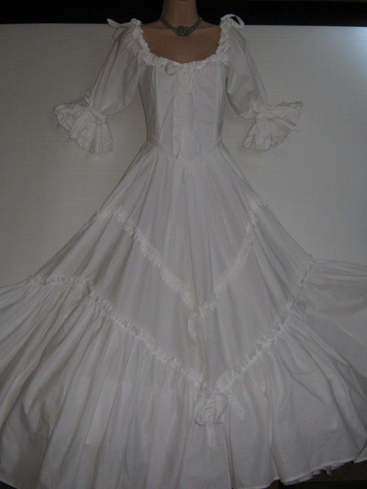 252 besten brides bilder auf pinterest hochzeitskleider. Black Bedroom Furniture Sets. Home Design Ideas