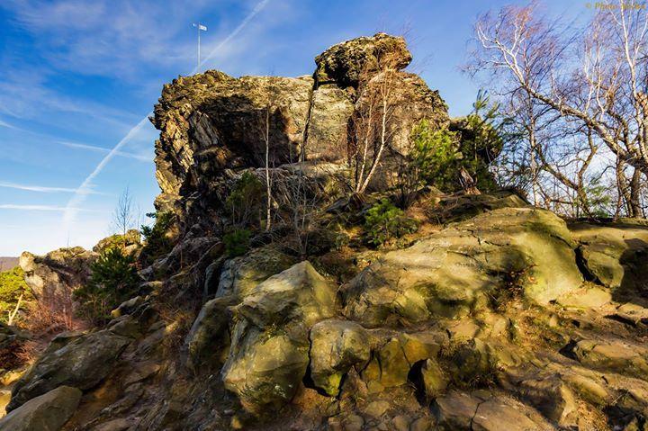 Großvaterfelsen bei Blankenburg  Ich wünsche einen schönen guten Morgen und einen schönen Dienstag.  @Bild darf gerne geteilt werden  #Großvaterfelsen #Blankenburg #Harz #Canon #Teufelsmauer #Landscape #SagenHarz #MystischerHarz