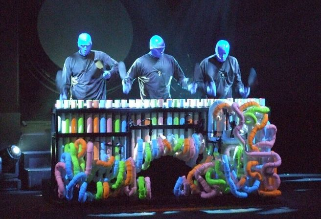 Blue Man Group, Broadway, New York. #BlueManGroup #Broadway #Entradas Reserva tu entrada: http://www.weplann.com/nueva-york/tickets-blue-man-group-shows-broadway