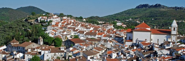 The Portugal 8 day self-drive package tour includes 7 nights in wonderful hotels, rental car and transfers to and from the Lisbon airport.