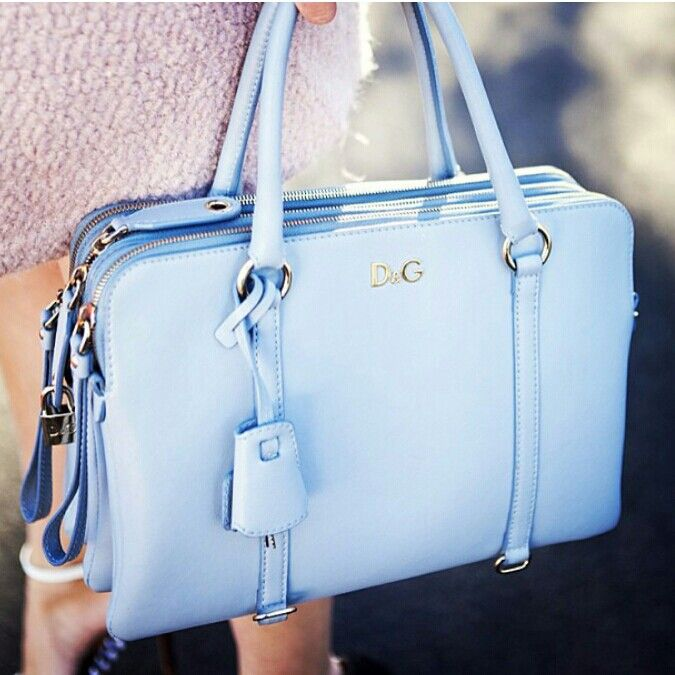 LilyTwist D&G bag in baby blue!