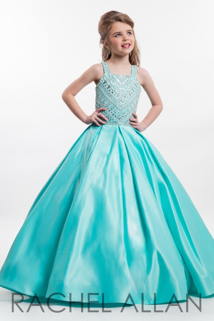 best sissyus dresses images on pinterest couture evening gowns