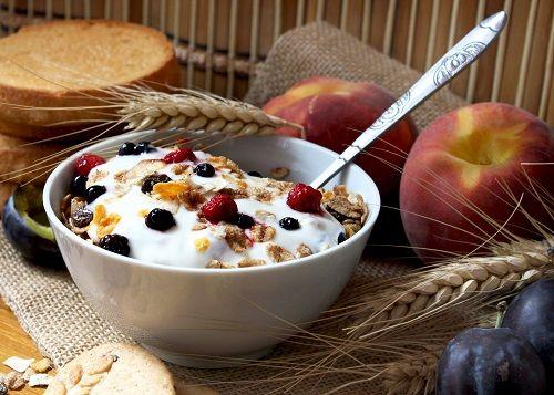 No tienes tiempo de preparar tus desayunos? Te damos 14 opciones de desayunos para tener a mano :)