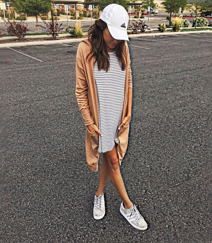 17 Best Ideas About Baseball Cap Outfit On Pinterest
