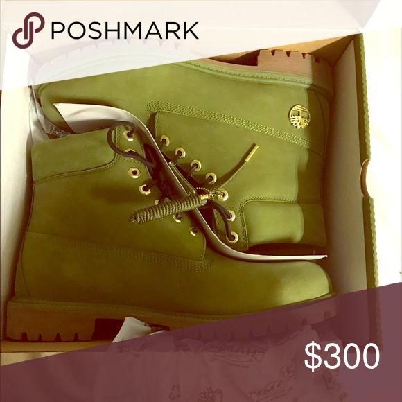 """Dj Khalid Limited edition Timberlands 13"""" Worn only once bag and gold """"we the best"""" keychain included Timberland Shoes Winter & Rain Boots"""
