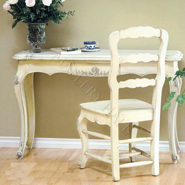 French Country Writing Desk. I Really Want To Find Something Like This And  Have A