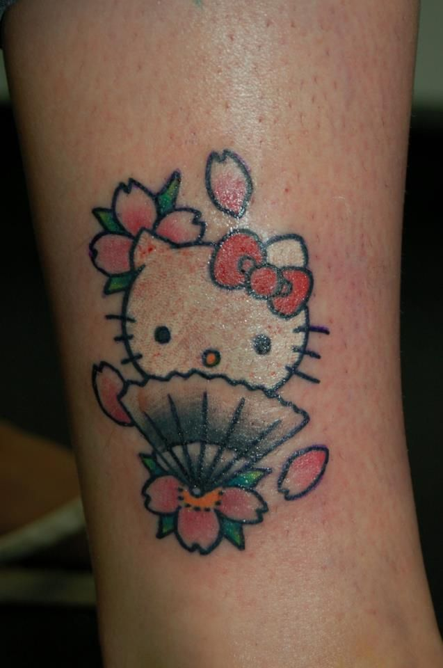 88 best images about hello kitty tattoo on pinterest bow tattoos creative and tattoo placements. Black Bedroom Furniture Sets. Home Design Ideas
