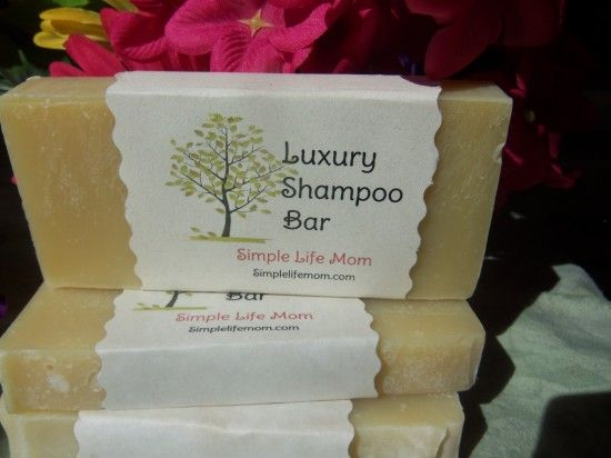 7 Shampoo Bar Recipes- Luxury Shampoo Bars... going to try the recipe that is her favorite.