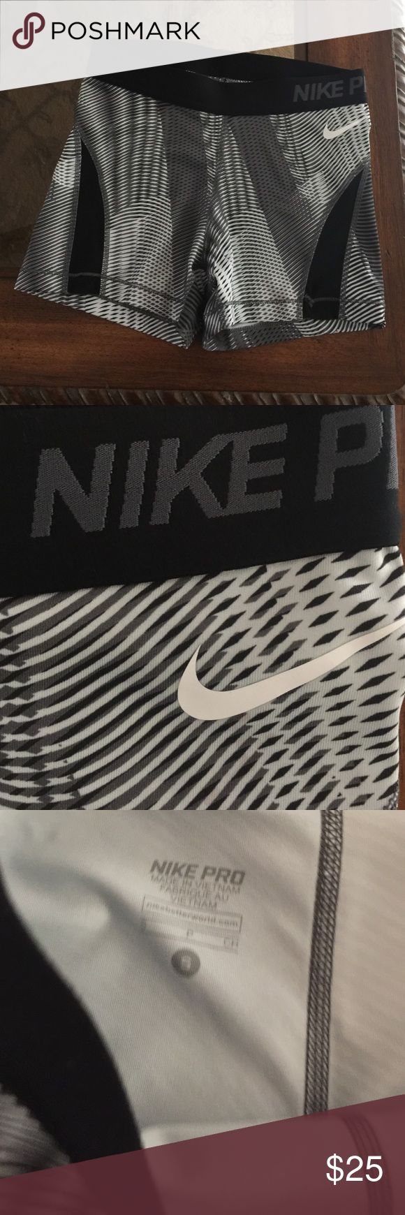 Brand new Nike pro spandex size small New Nike spandex without tags size small Nike Shorts